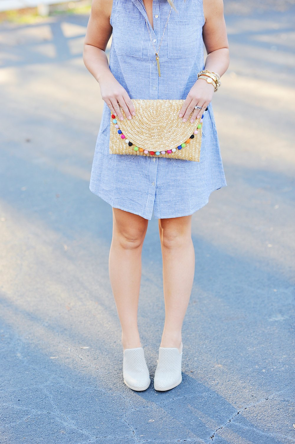 f57b135e Another day, another denim dress! Denim dresses are a staple in my wardrobe  because they're JUST SO EASY. You can throw them on during the day time  when ...