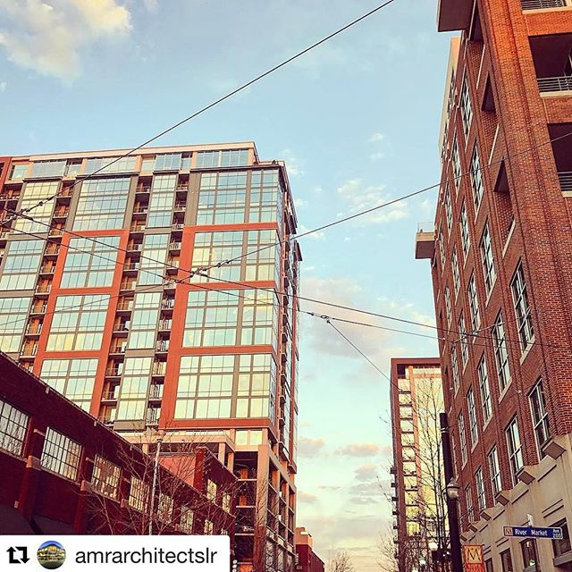 #Repost @amrarchitectslr with @repostapp ・・・ Morning walk to work for both @jamesaustinlee and @reddeke  featuring four of AMR's projects #urbanliving #littlerockarchitecture #rivermarketdistrict #rivermarkettower #3003rd #arkansascapitol #downtownlr #tufnutlofts #buildingacity @rivermarkettowerlr @rivermarketlr