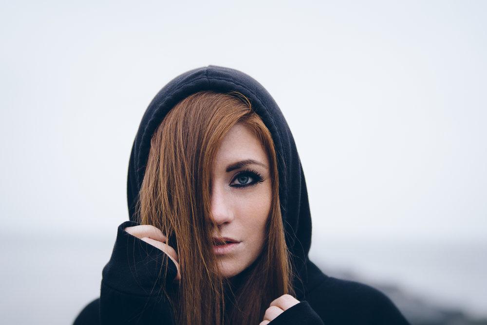 Lensbaby Velvet 85 - Model - Megan Hughes