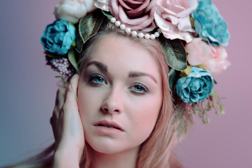 Lensbaby Velvet 85 - Model - Leigh Sinden