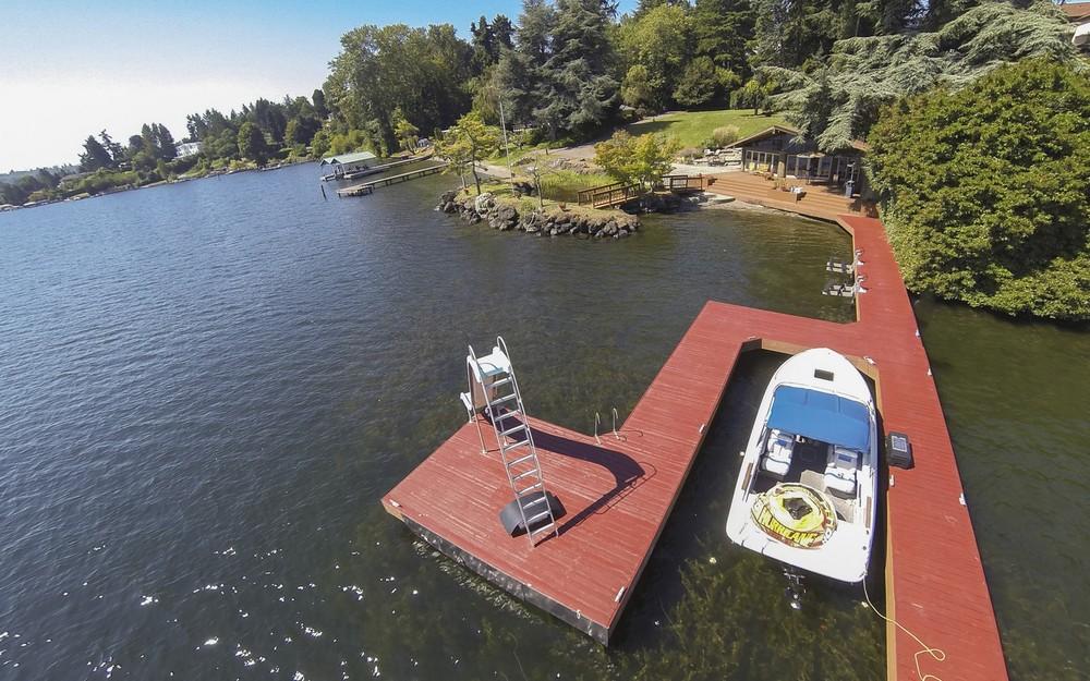 Lakefront Aerial17.jpg