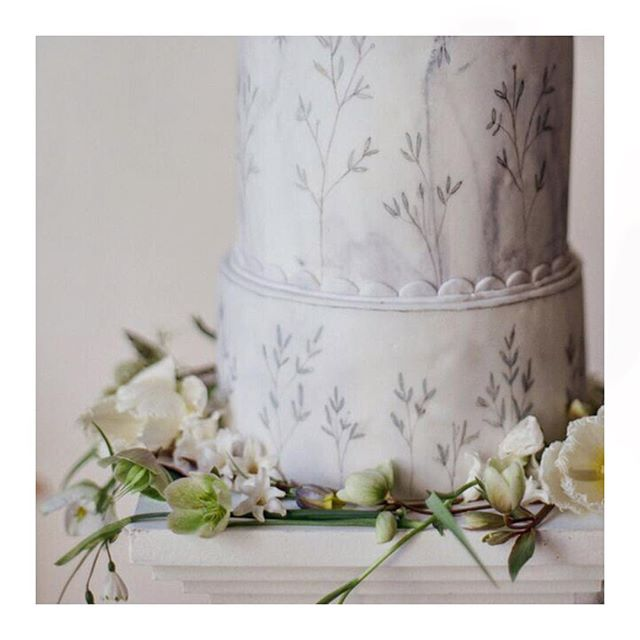 Marble cake details from a recent shoot featured on @ruffledblog 🌿 . . . Cake Designer: @mimolodesign Flowers provided by: @joflowers Photography: @juliemphotos Styling & Stationery:  @elmopaperstories . . . #weddingcake #cakedesign #cakedesigner #cakeart #cakeartist #cakespiration #cakestagram #cakecakecake #cakesofinstagram #paintedcake  #fineartwedding  #pursuepretty #mimolocakes #mimolodesign #persuepretty  #stylemepretty #seekinspirecreate #dsfloral  #cakestagram #botanicalcreativity_ #thatsdarling #weddingseason #weddingwednesday #styledshoot #photoshoot #weddingshoot #editorial
