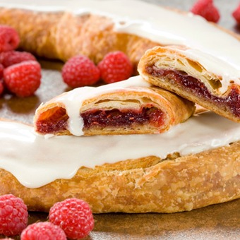 featured_raspberry-kringle.abad0432504886986911500dd5e236e0.png