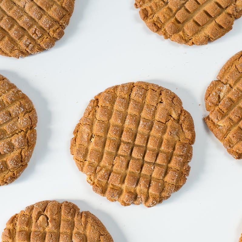 no-frills-peanut-butter-cookie-dozen.dae2d51878176dd44eeba4b5875707e1.jpg