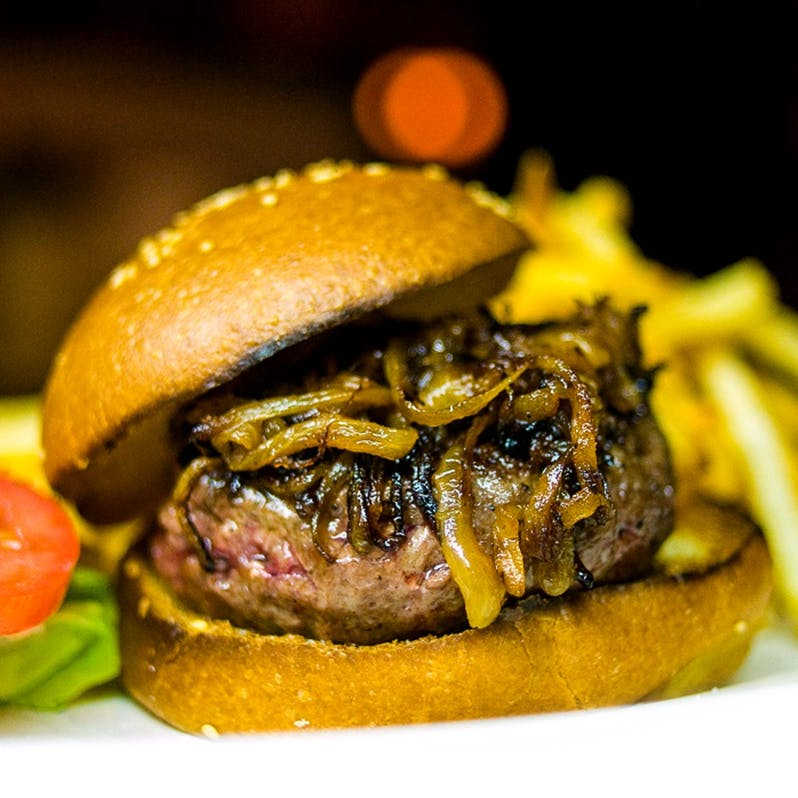 the-gold-label-burger-4-patties-6oz-each-15-lbs.9b5f5ae785266923f392978dc41fb1ad.jpg