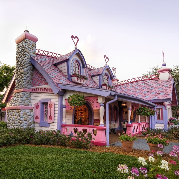 Gingerbread House. Orlando. Florida. The USA..jpg