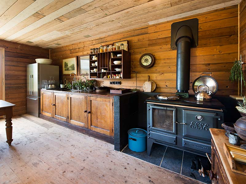 The traditional country style cooking station