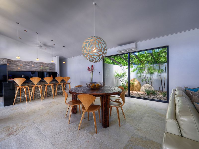 The design is elegant yet very comfortable at 41 Beachfront Mirage, Port Douglas.
