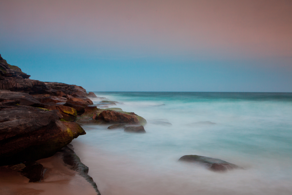 The rocks surrounding Tamarama are some what mystical.