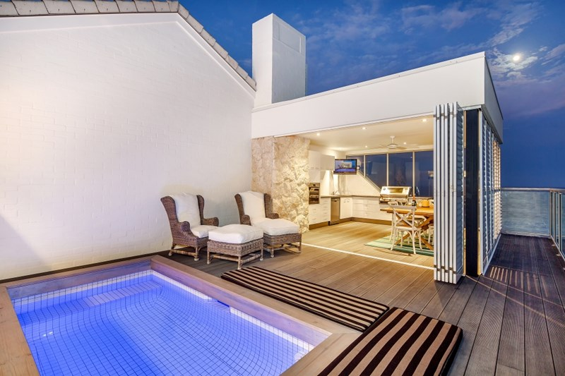 The plunge pool and rooftop area at 3/79 Albatross Avenue, Mermaid Beach