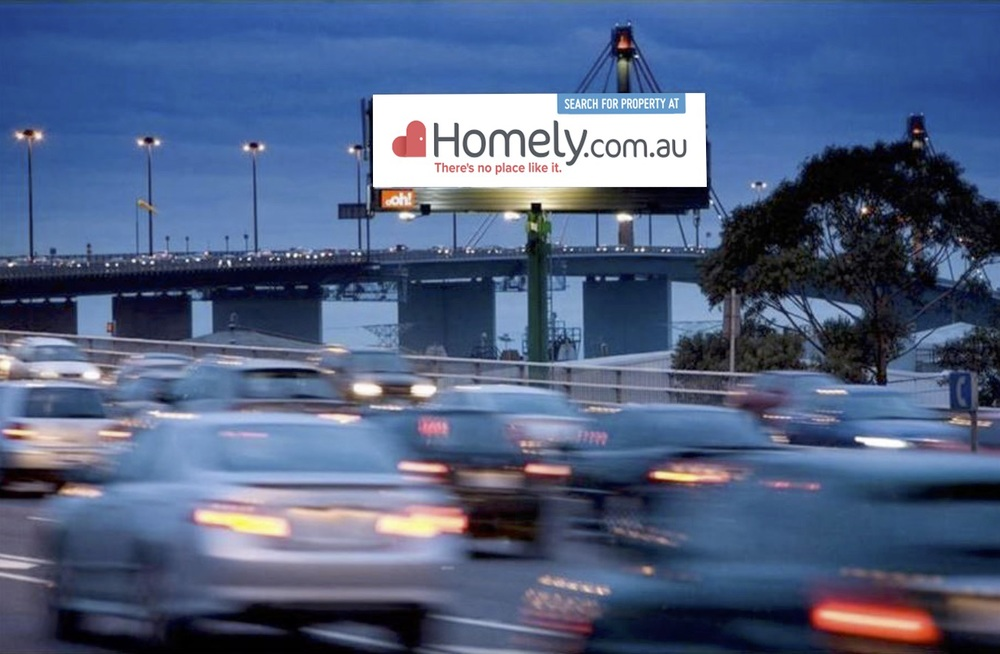Positioned on the WestGate Freeway, thousands of commuters are seeing our brand out there.