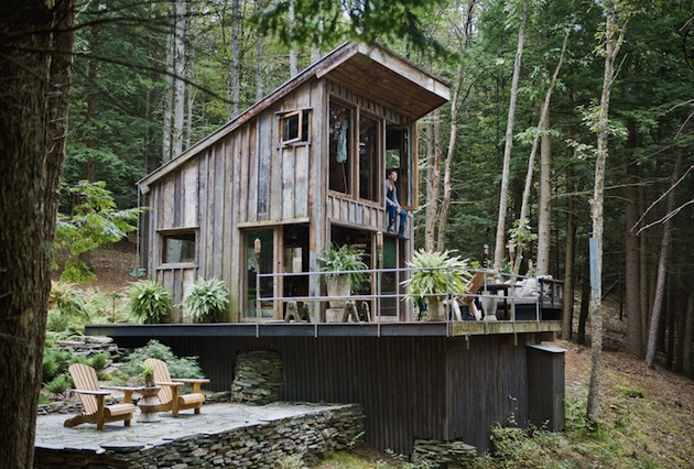 wood cabin.jpg
