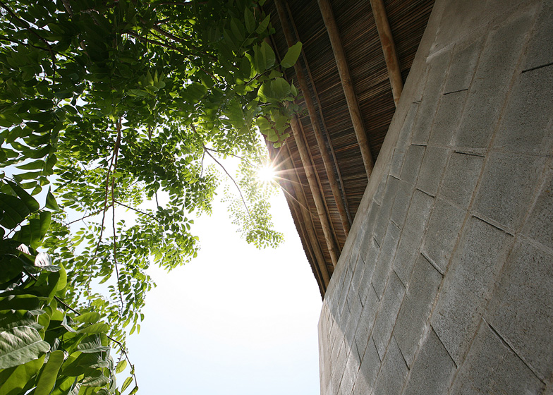 Cam-Thanh-Community-House-by-Hoang-thuc-Hao_dezeen_784_111.jpg