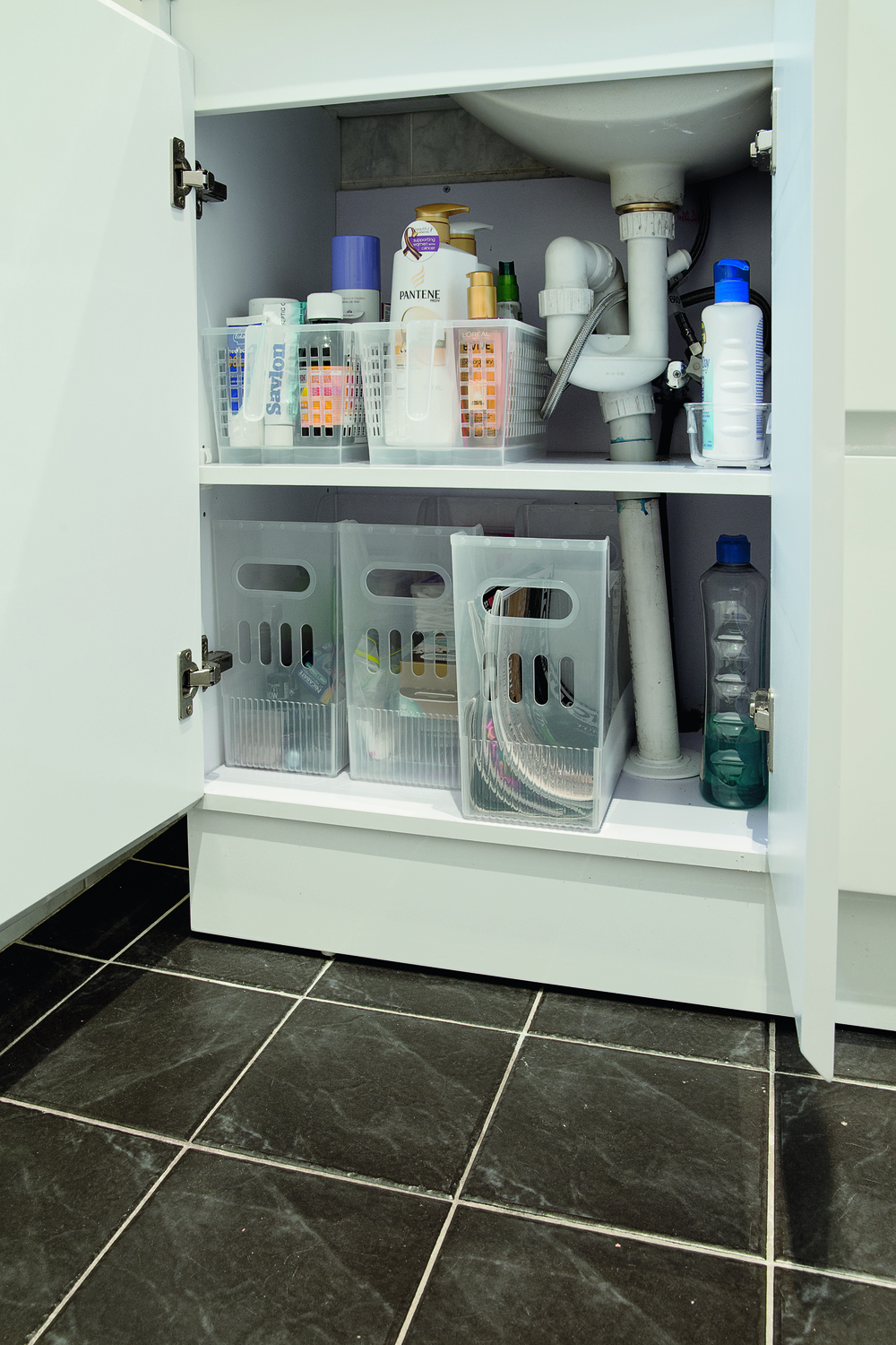 How to cut down clutter in your home homely - Howards storage ...