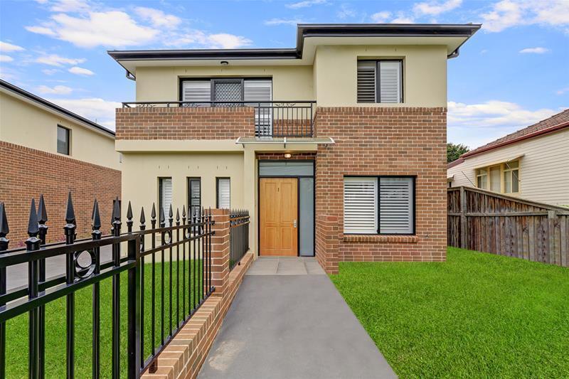 1/40 Shepherd Street, Ryde, NSW.