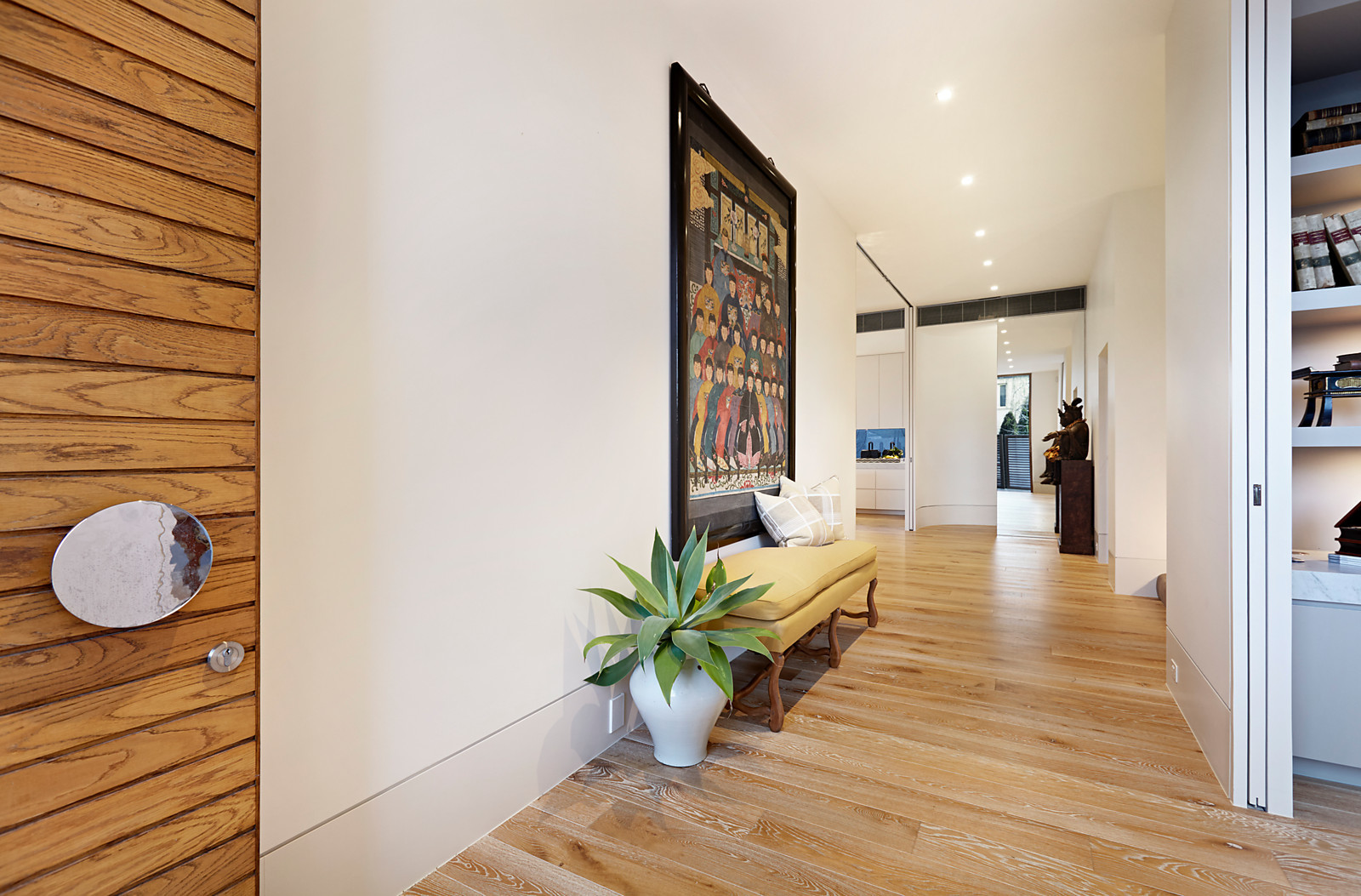 1A Cleeve Court, Toorak, VIC.