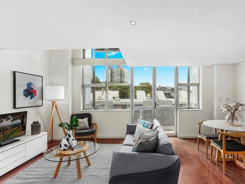 For rent: 82/15 Boundary Street, Darlinghurst, NSW.