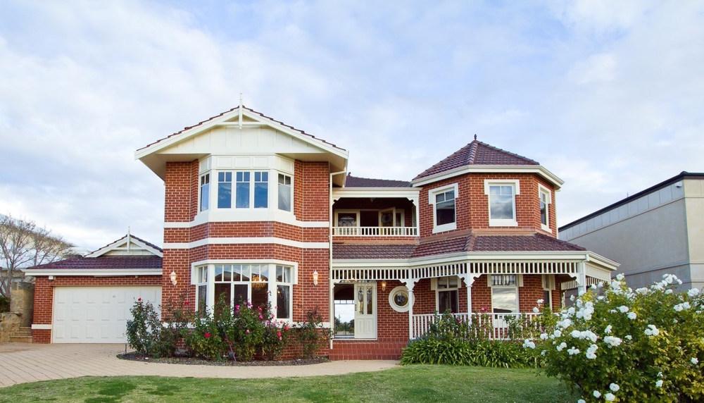 For rent: 12 Riversea View, Mosman Park, WA