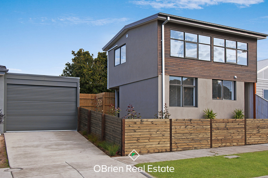 For sale:  2A Gordon Avenue, Frankston, VIC