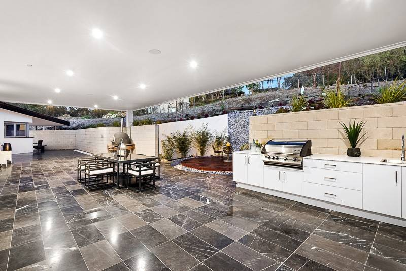 For sale: 17 Kyrenia Court, Warrandyte, VIC