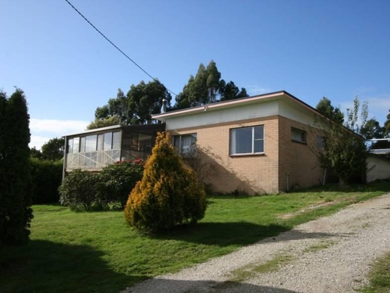 For sale:  71 Brakeys Road, Rocky Cape, TAS