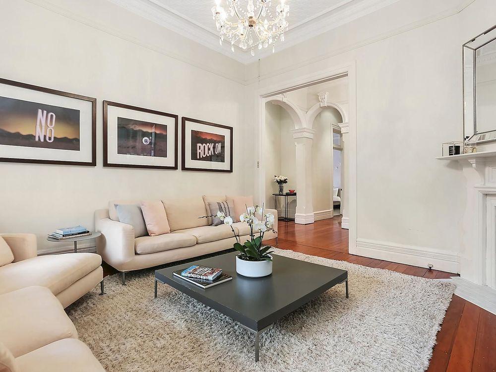 For sale:  1 Canrobert Street, Mosman, NSW