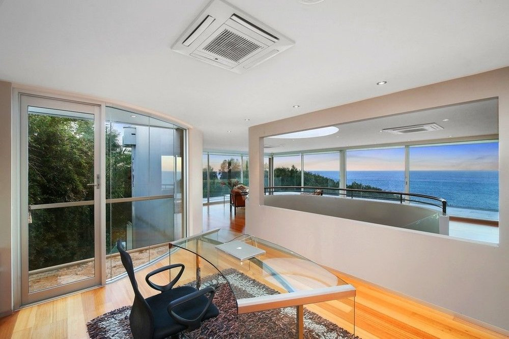 For sale:  21 John Gray Close, Terrigal, NSW