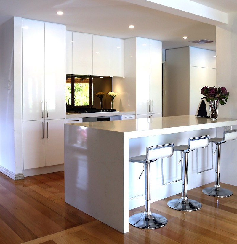 Wall removal between kitchen and living areas. Image: Larissa Davis, Lewisham Interiors.