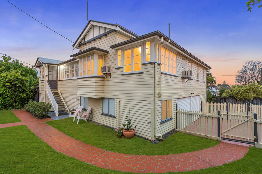 For sale:  46 Tangorin Street, Wynnum, QLD