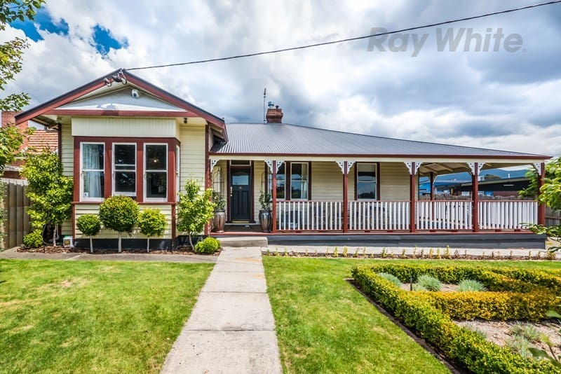 For sale:  20 Elmsleigh Road, Derwent Park, TAS