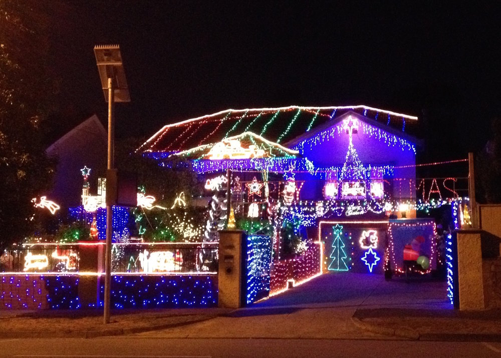 997 Toorak Road, Camberwell, VIC - The Best Melbourne Christmas Light Locations - Homely