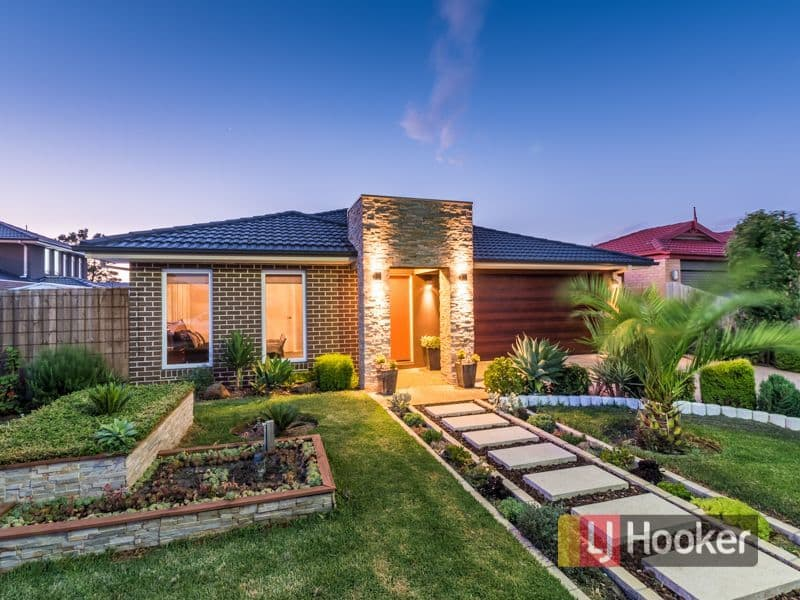 For sale: 7 Aylesbury Court, Hampton Park, VIC