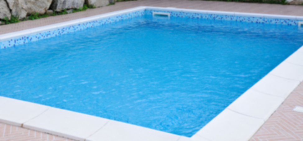 The best swimming pool designs for small backyards homely for Pool design blog