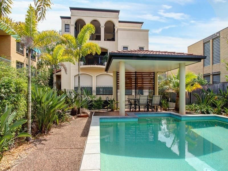 For rent: 3/58 Sisley Street, St Lucia, QLD