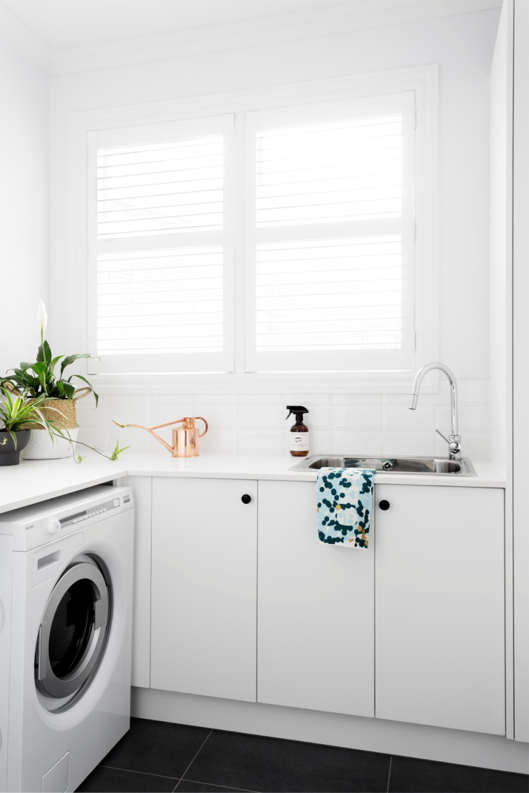 Product: Washer: ASKO W8844XL, Tapware: Gessi Armando Vicario SK5 Pull Out Mixer Image: e&s photoshoot. Photographer: Martina Gemmola Styling: Paige Anderson