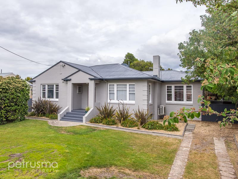 For sale:  8 Duncan Street, Montrose, TAS