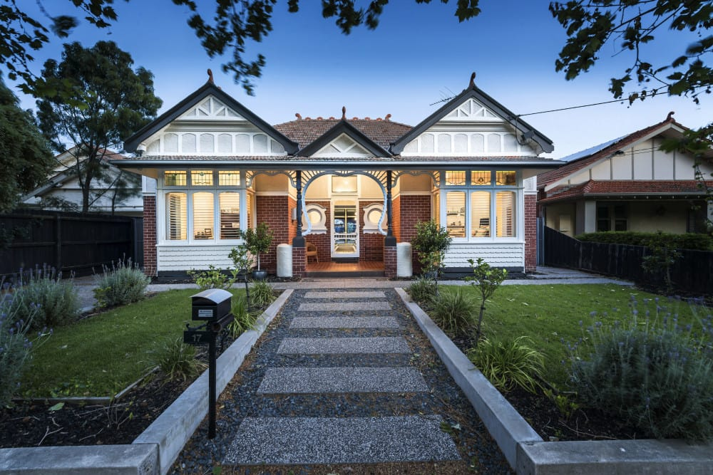 For sale: 17 Selwyn Avenue, Elwood, VIC