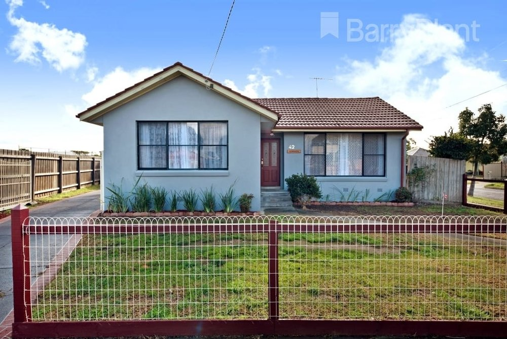 For sale: 42 Centenary Crescent, Werribee, VIC