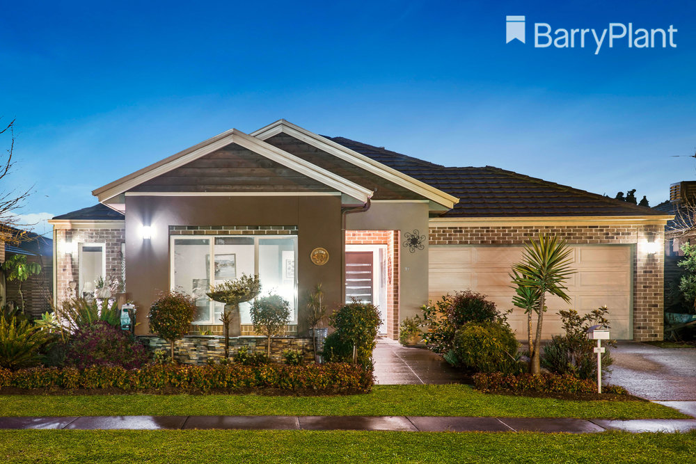 For sale: 11 Reflections Boulevard, Tarneit, VIC
