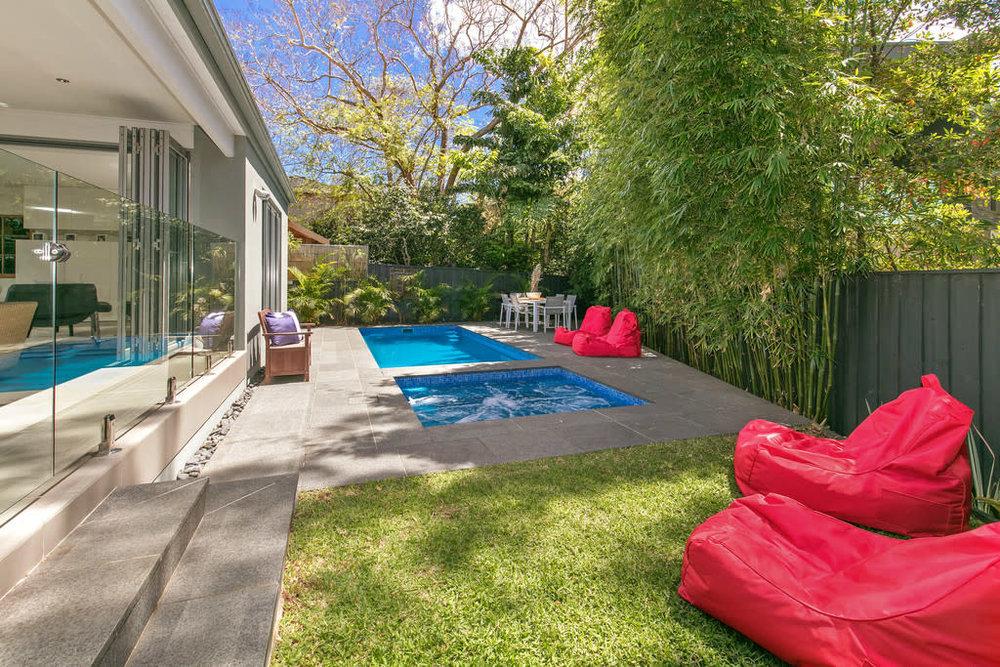 For sale: 113 Edinburgh Road, Castlecrag, NSW