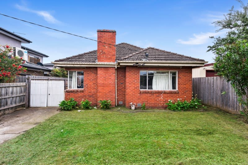 For sale: 1153 North Road, Oakleigh, VIC