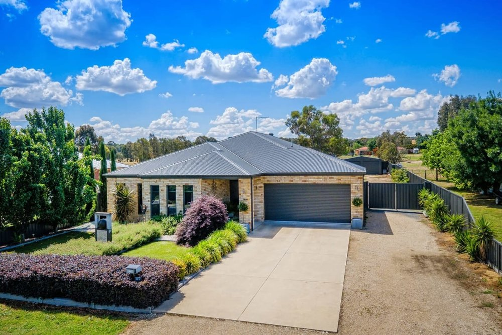 For sale: 47 Albert Road, Chiltern, VIC