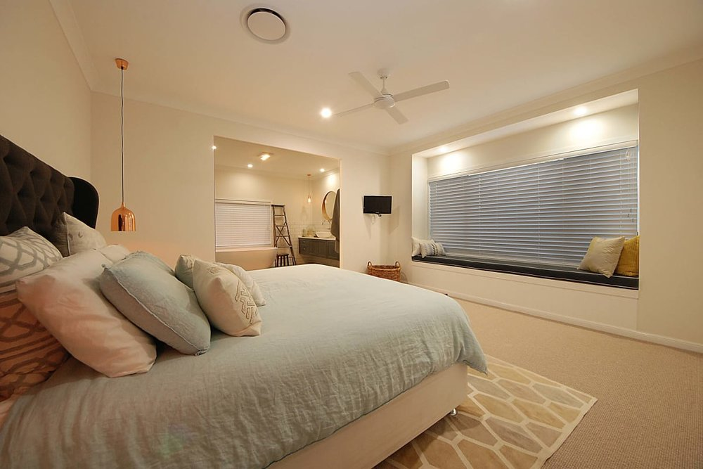 For sale: 6 Babbler Court, Burleigh Waters, QLD