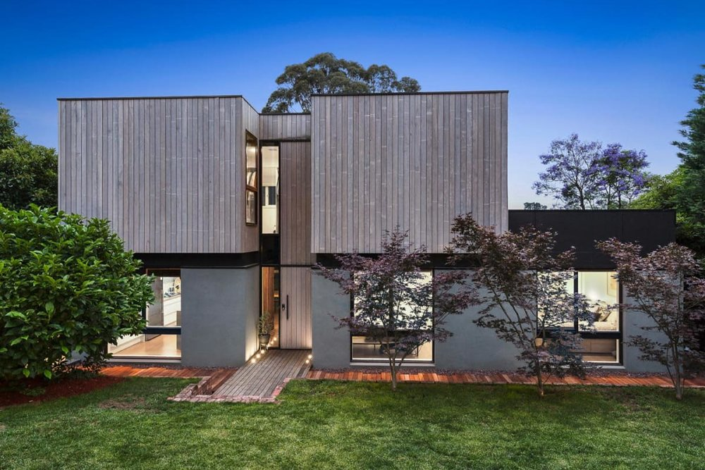 For sale:  7 Wattle Valley Road, Mitcham, VIC