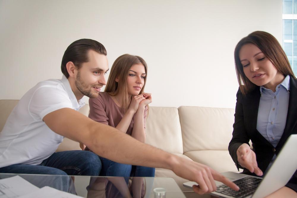 real estate agent appraisal.jpg