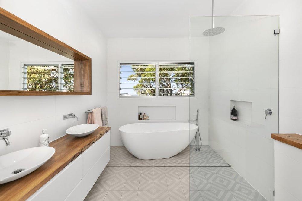 For sale: 7 Rowena Road, Narraweena, NSW