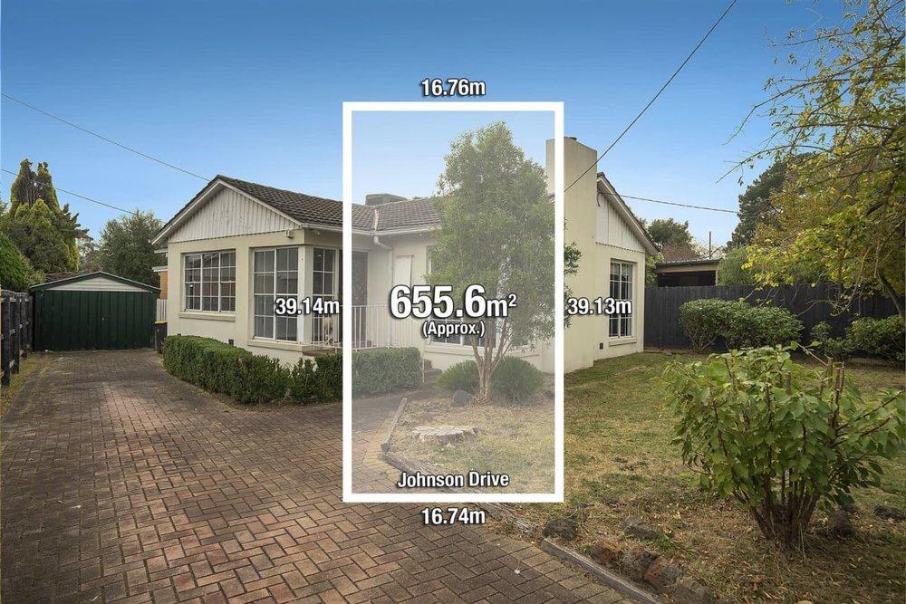 For sale: 33 Johnson Drive, Glen Waverley, VIC