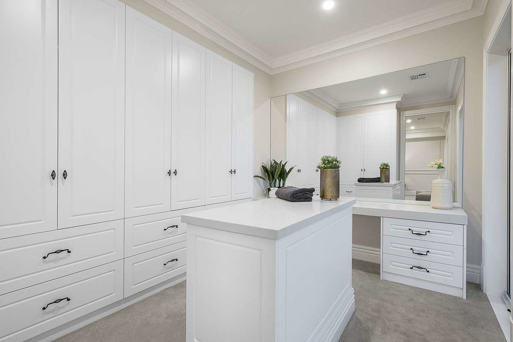 For sale:  92 Hill Road, Balwyn North, VIC