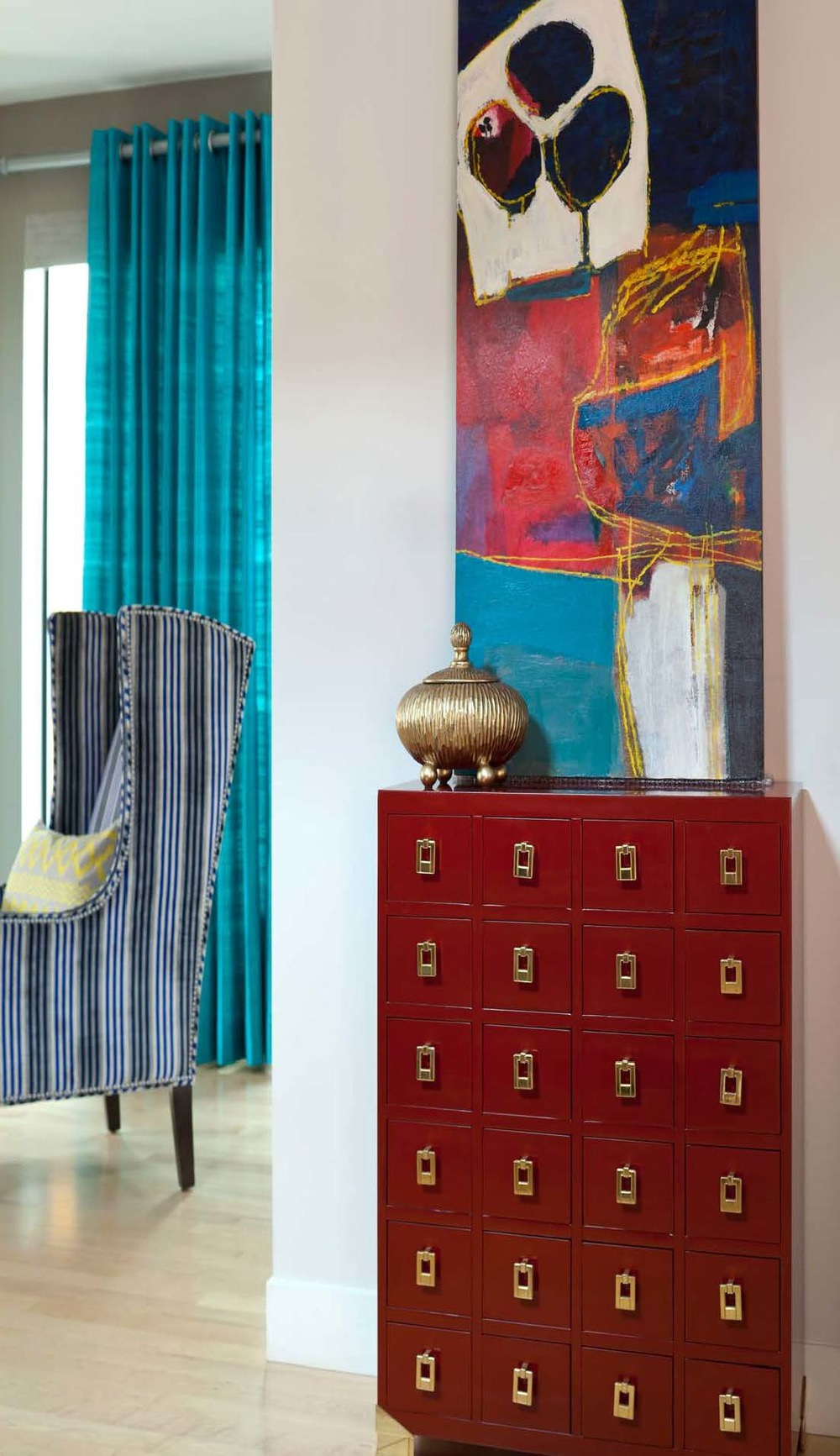 Private Residence. Luxe Magazine. Design: Atelier Interior Design. Emily Minton Redfield Photography. Artist: Ben Strawn.