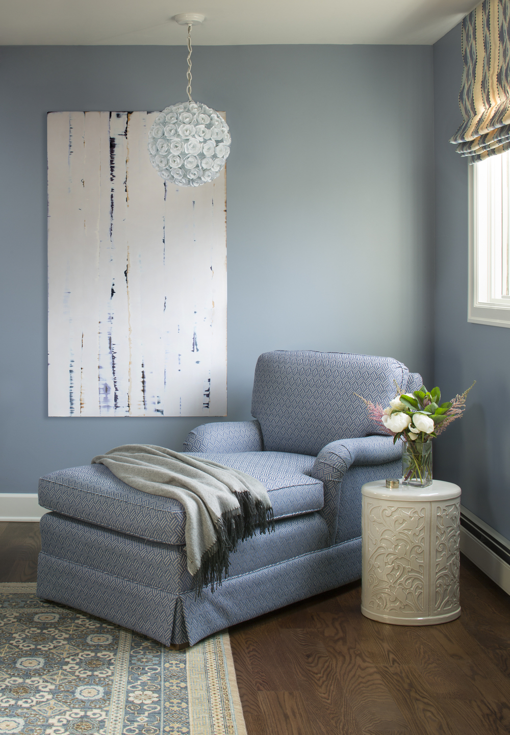 Private Residence. Design: Armijo Design Group . Kimberly Gavin photography.Artist: Chris Richter.